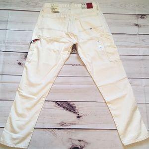Tommy Hilfiger Jeans - New Tommy Hilfiger jeans size 31 x 30 white